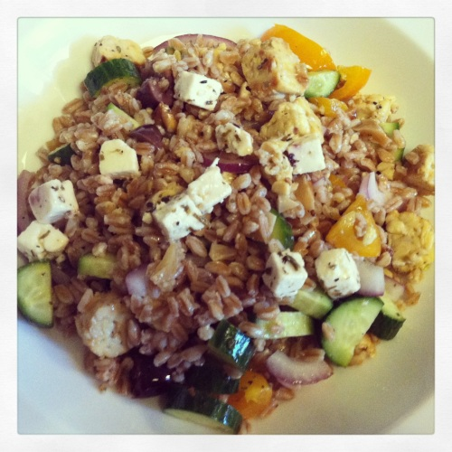 Tempeh farro Greek salad
