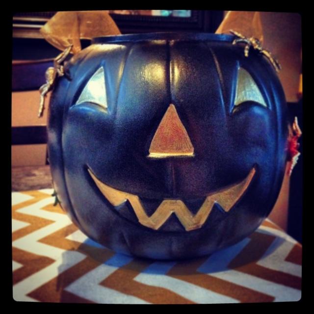 Plastic pumpkin hack | Megan's Island