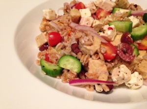 Greek faro salad with tempeh