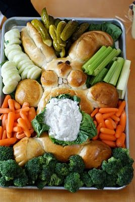 I love me some veggie trays.