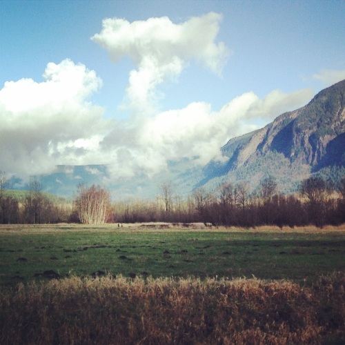 Driving from Snoqualmie to North Bend
