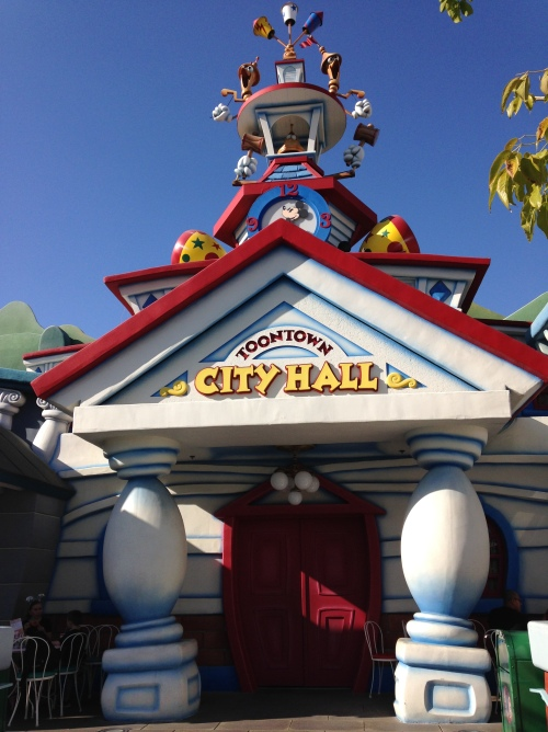 We found several City Halls (a vacation must for me...) Here is Toon Town's City Hall!