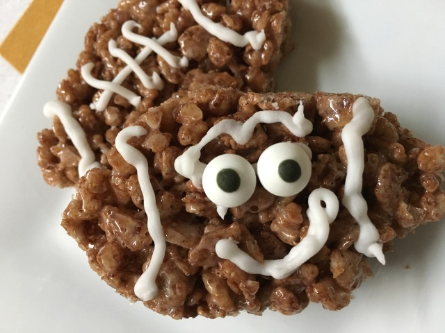 Cocoa Krispies Football Treats